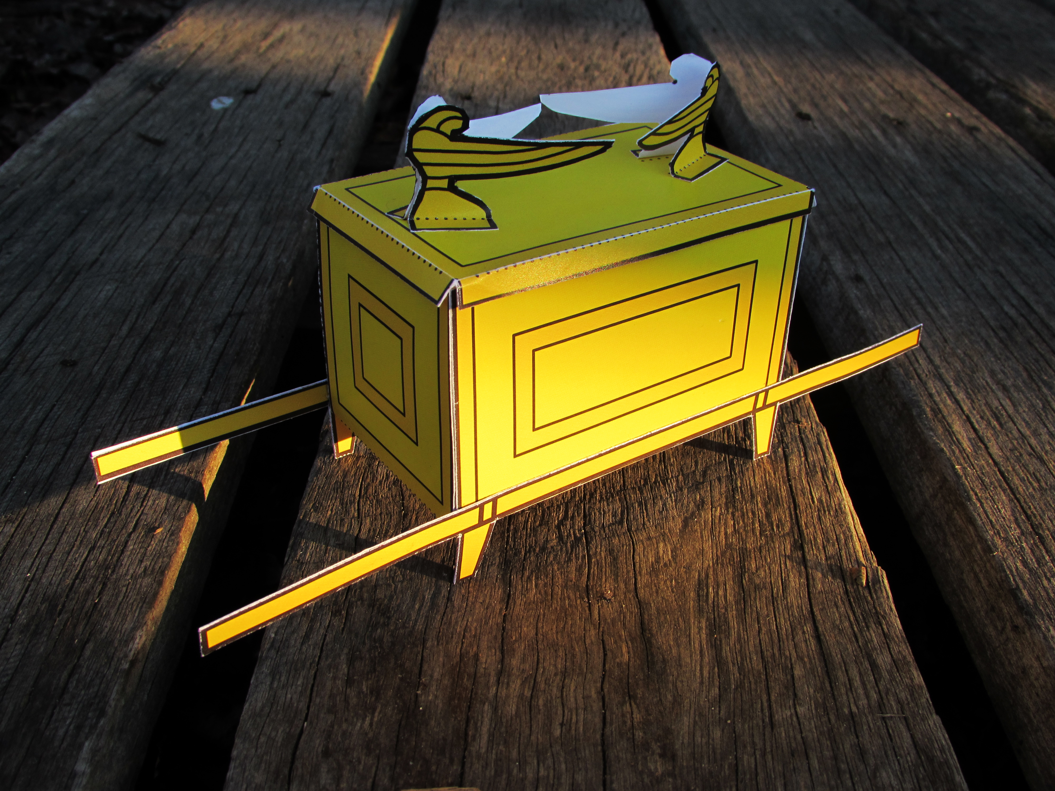 Model of the ark of the covenant visual unit for The ark of craft